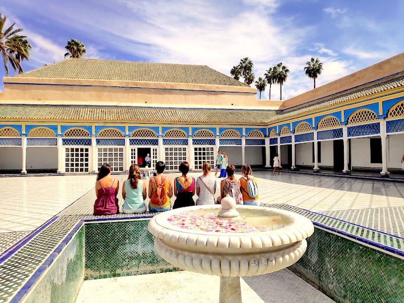 Visita al Palacio de la Bahía